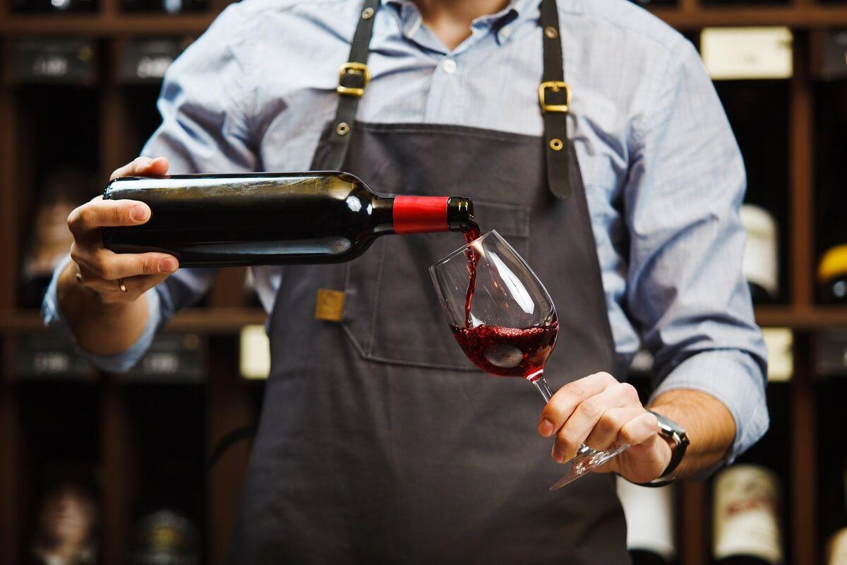 Chef de Rang Gehalt: Was verdient ein Kellner?