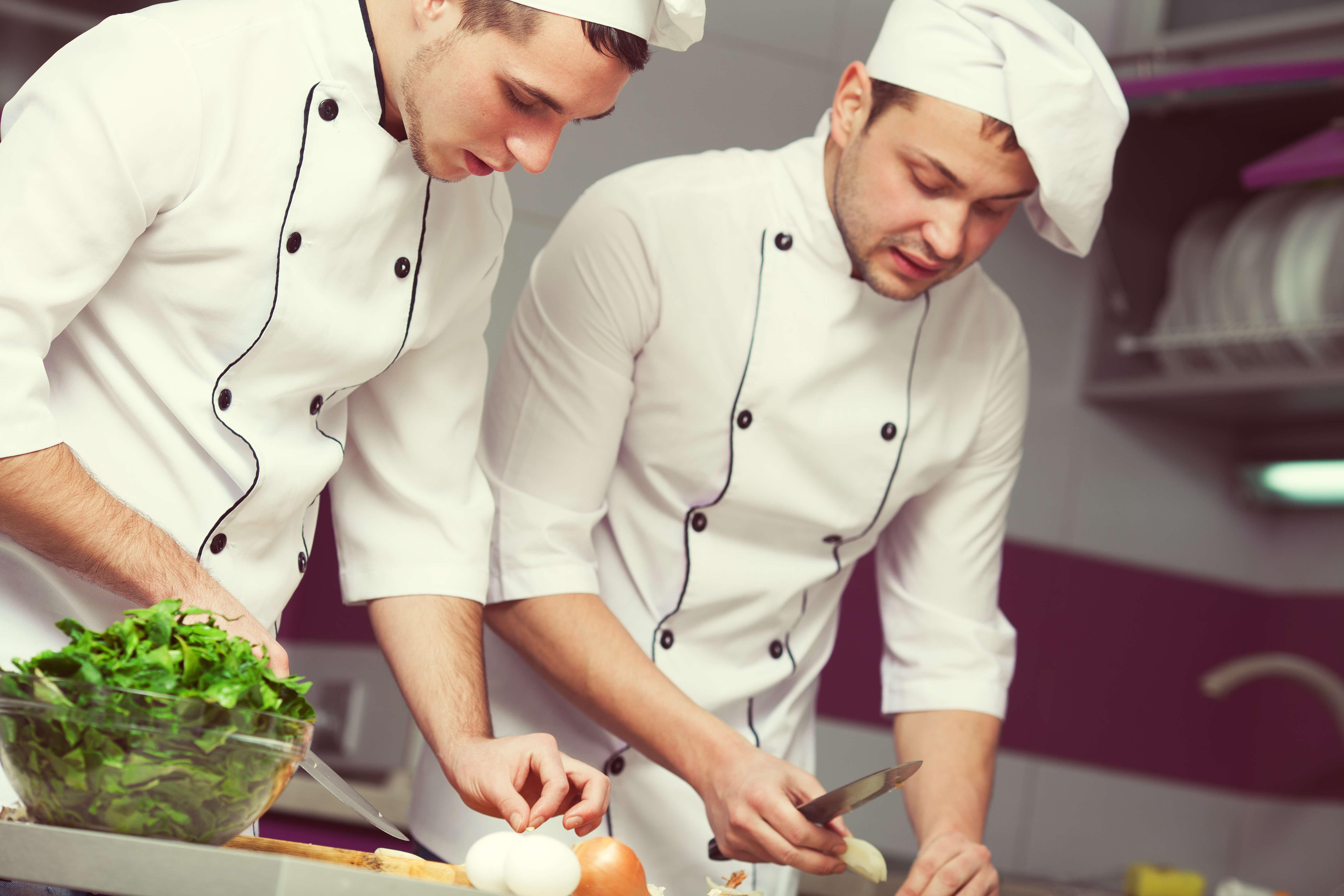 Migliaia Di Cuochi Celebrano Un Capo Chef Di Chicago Per Questa Lettera