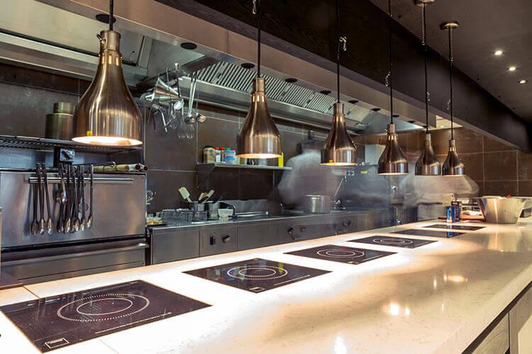 leere Küche - Mitarbeiterbindung