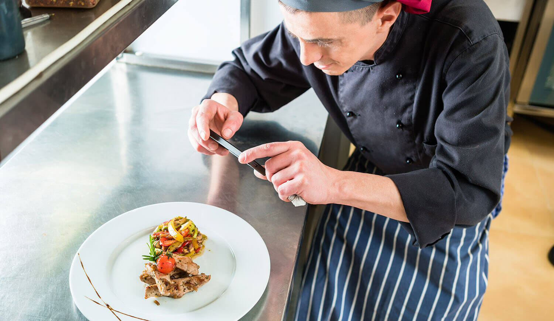 Social Media Ranking - Koch macht ein Bild